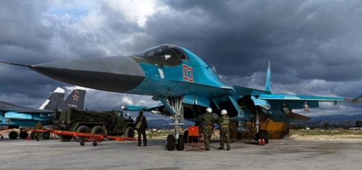 Истребитель Су-34 на аэродроме авиабазы Хмеймим  Фото: © Министерство обороны РФ